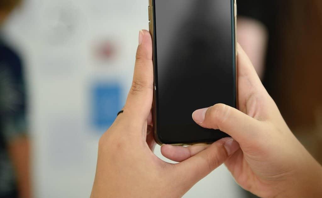 iPhone ไอโฟน เปิดเครื่องไม่ติด ส่งไปซ่อมร้านไหนดี ไม่ต้องรอนาน 🥇 ศูนย์ซ่อม โทรศัพท์มือถือ มือถือทุกรุ่น ทุกยี่ห้อ iPhone | Apple | Samsung | Huawei