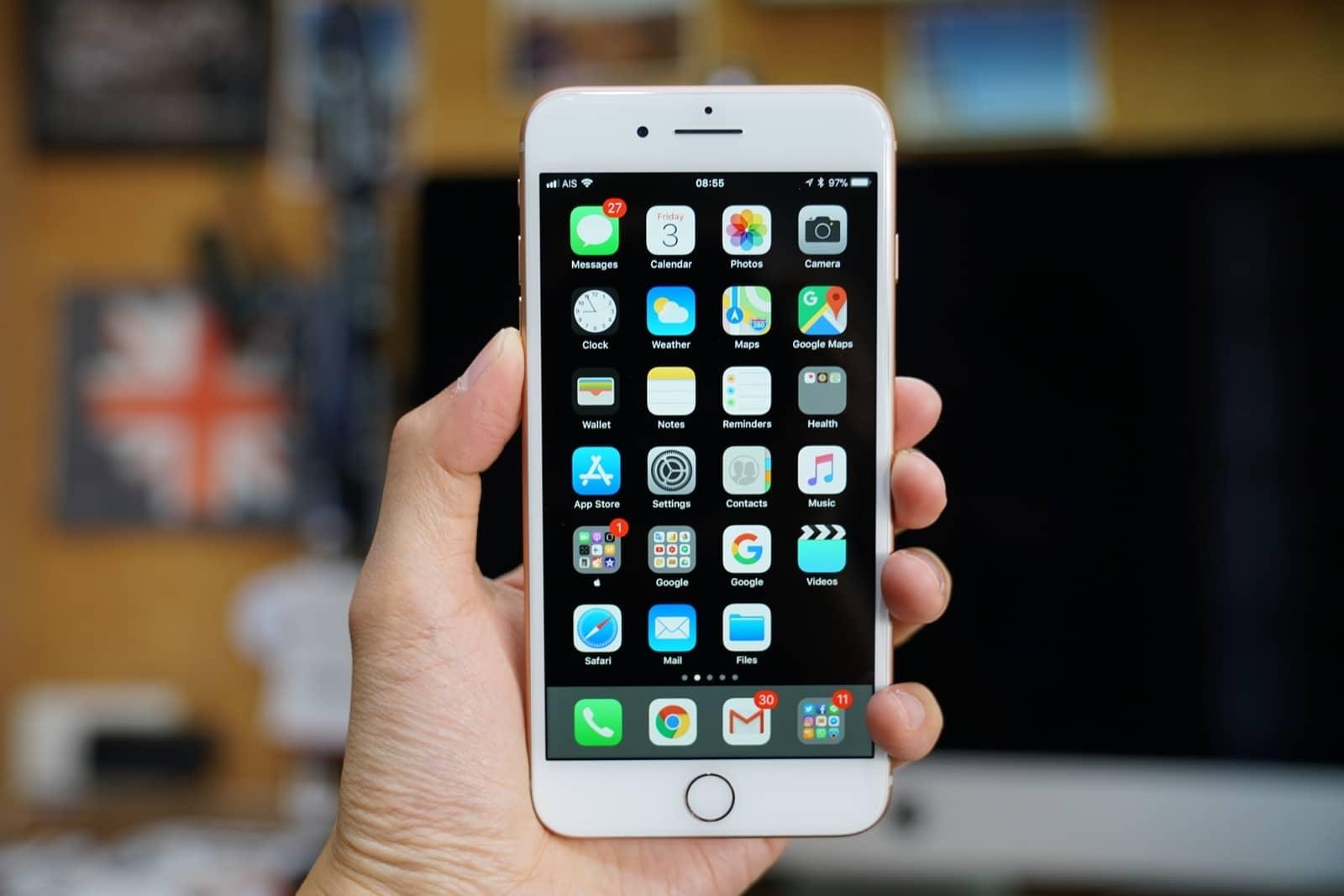 iPhone 8 (ไอโฟน) ชาร์จแล้วทัชสกรีน หน้าจอรวน ทำไงดี