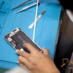 ซ่อมมือถือ ในโซนกรุงเทพ ร้านไหนดี ให้บริการซ่อมดีเยี่ยม 🥇 ศูนย์ซ่อม โทรศัพท์มือถือ มือถือทุกรุ่น ทุกยี่ห้อ iPhone | Apple | Samsung | Huawei