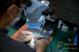 ร้านซ่อมโทรศัพท์ Xiaomi เสียวหมี่ ที่ดีที่สุด อะไหล่พร้อม รอรับได้เลย 🥇 ศูนย์ซ่อม โทรศัพท์มือถือ มือถือทุกรุ่น ทุกยี่ห้อ iPhone | Apple | Samsung | Huawei
